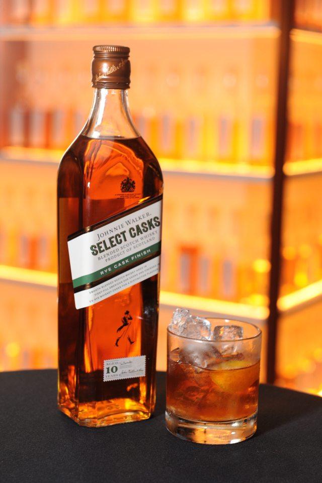 Johnnie Walker Select Casks - Rye Cask Finish Old Fashioned